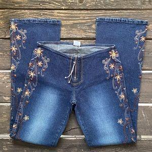 NWOT Z. Cavaricci Boho Embroidered Jeans Sz 9